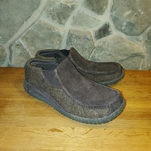 Acorn men's brown suede loafers slippers size 9